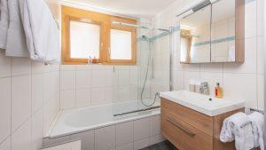 Master en-suite bathroom with overhead shower
